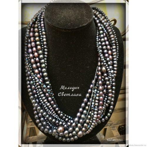 Жемчужное ожерелье из черного жемчуга