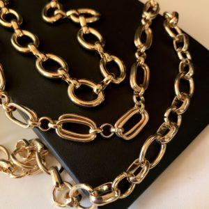 Комплект из трех цепей под золото